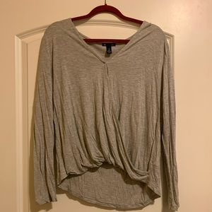 Gap wrap top